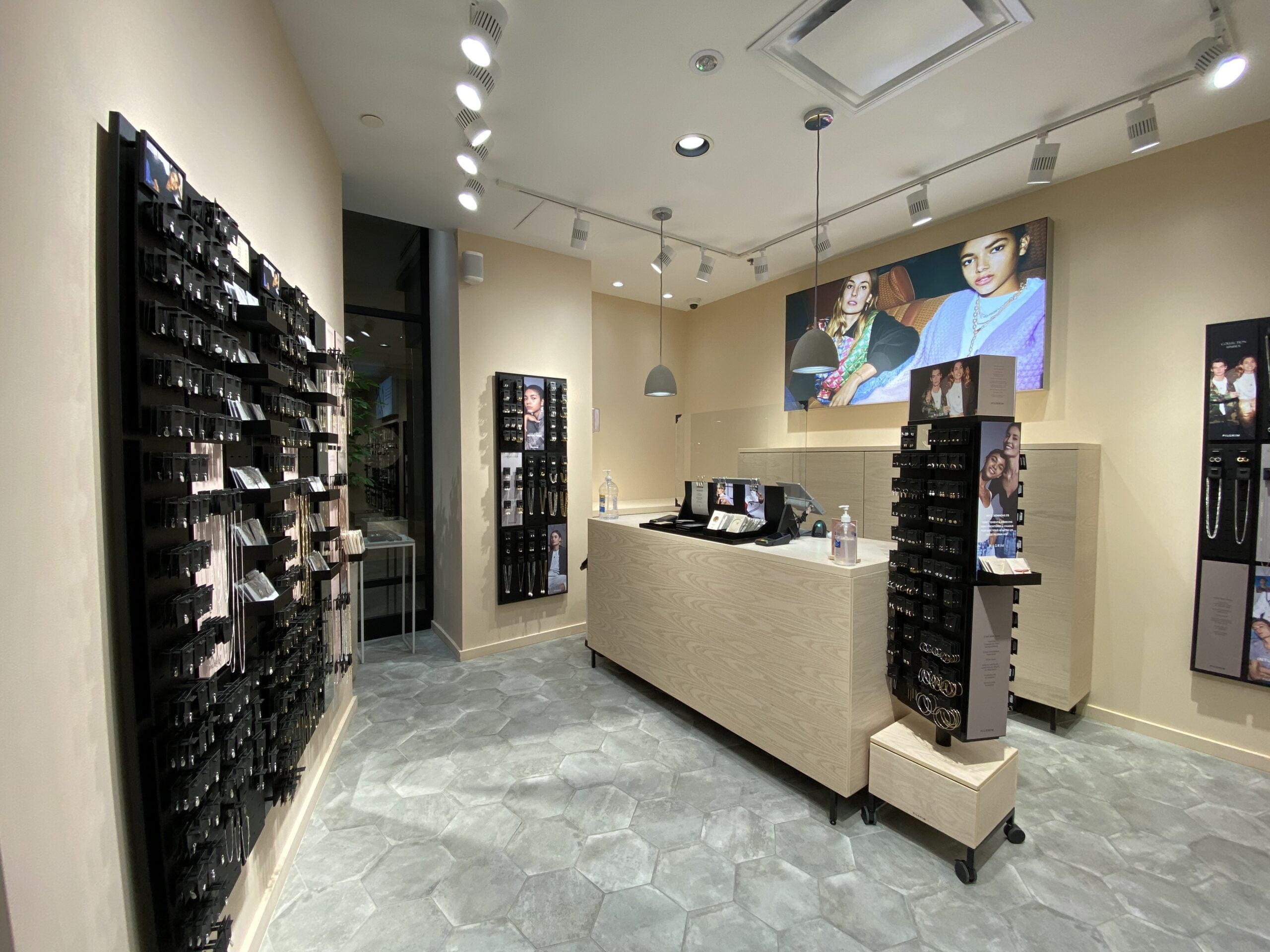Interior of Pilgrim store in Place Montreal Trust. Photo: Maxime Frechette