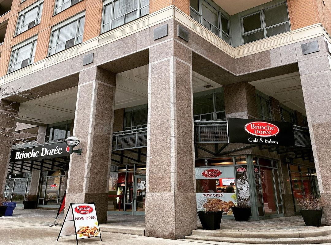 Exterior of new Brioche Dorée location on Toronto's Bay Street
