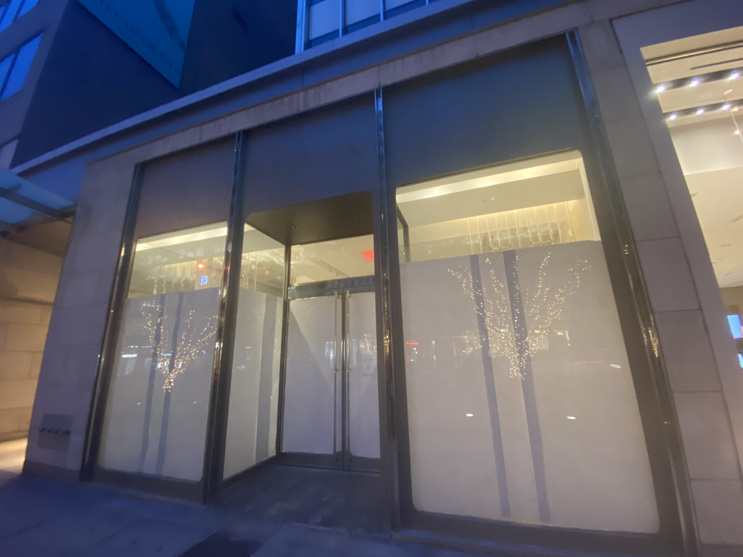 Empty Intermix store on Bloor Street West. Photo: Craig Patterson (January 14 2021)