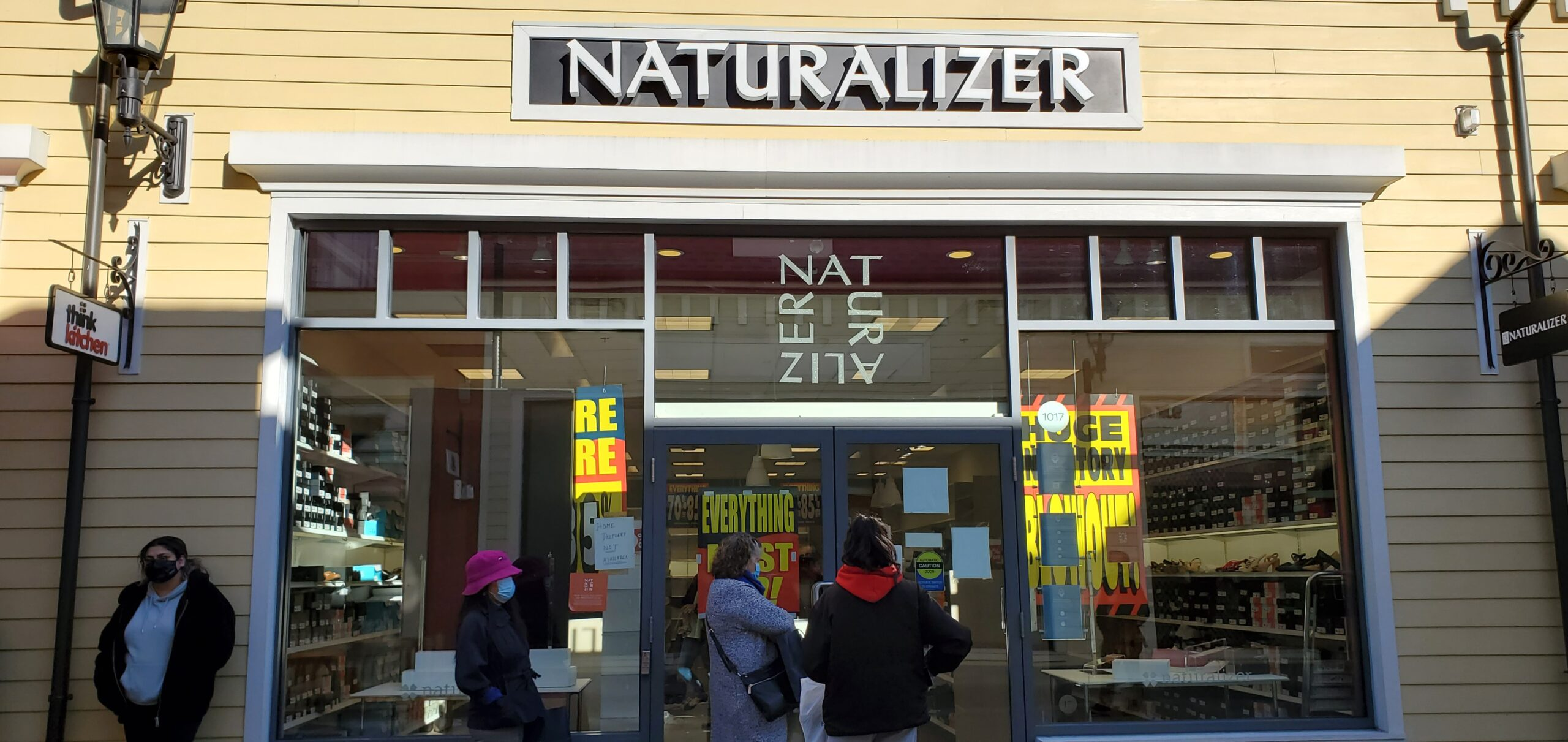 Naturalizer at McArthur Glen Vancouver