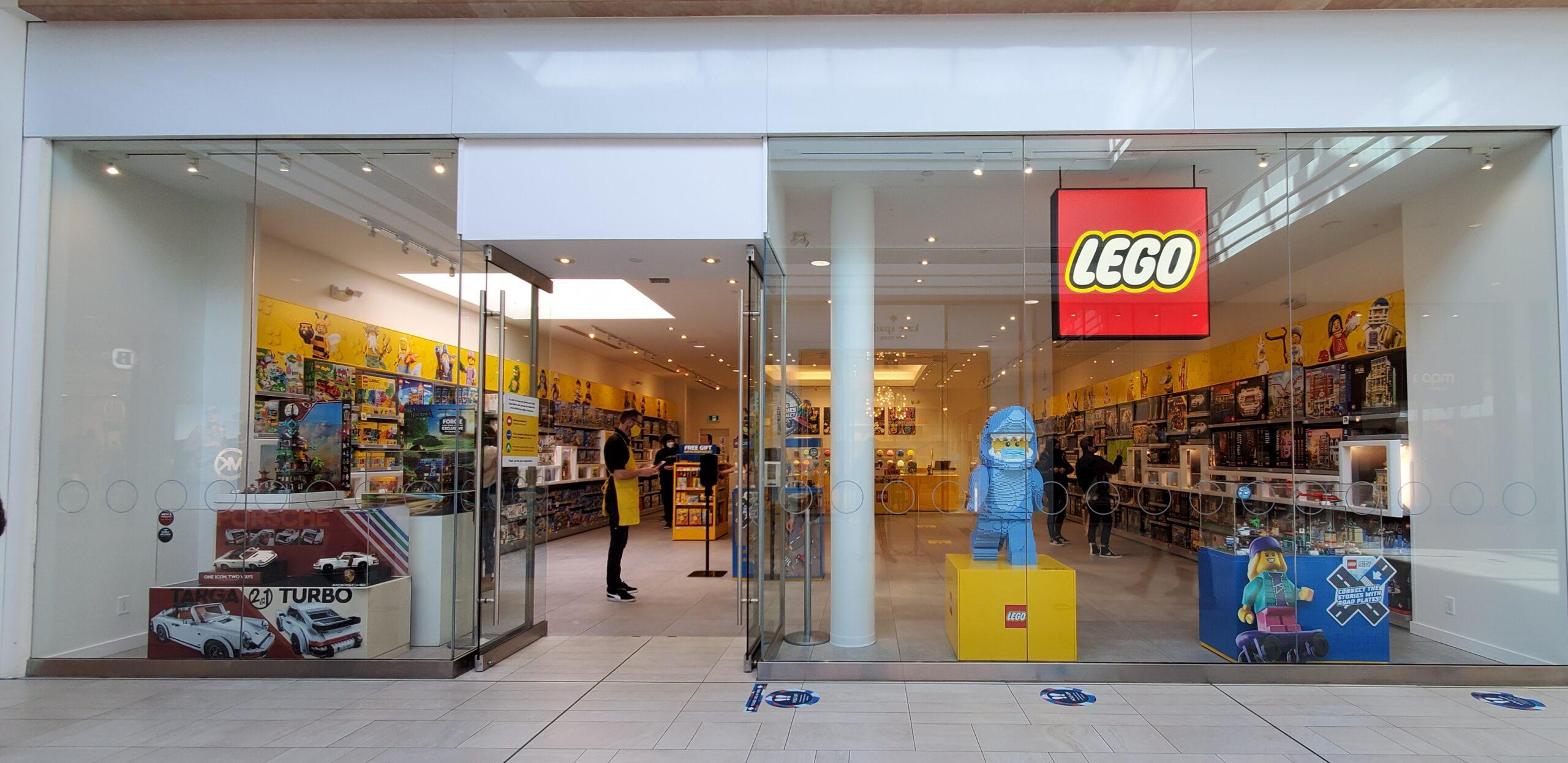 Lego at CF Richmond Centre.