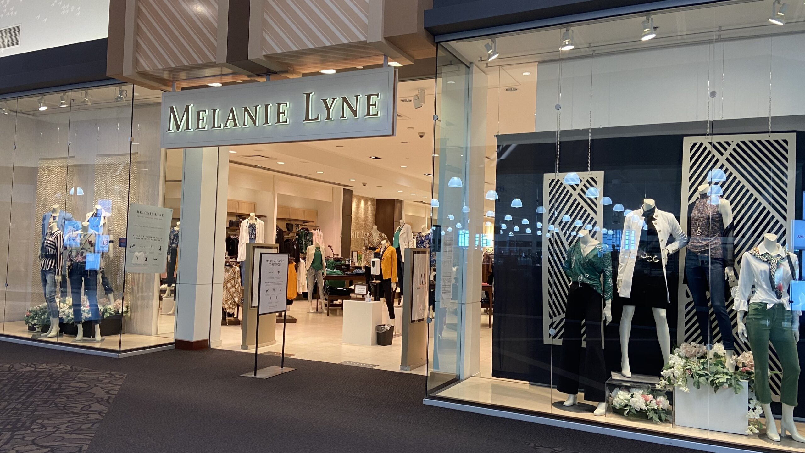Melanie Lyne at CrossIron Mills