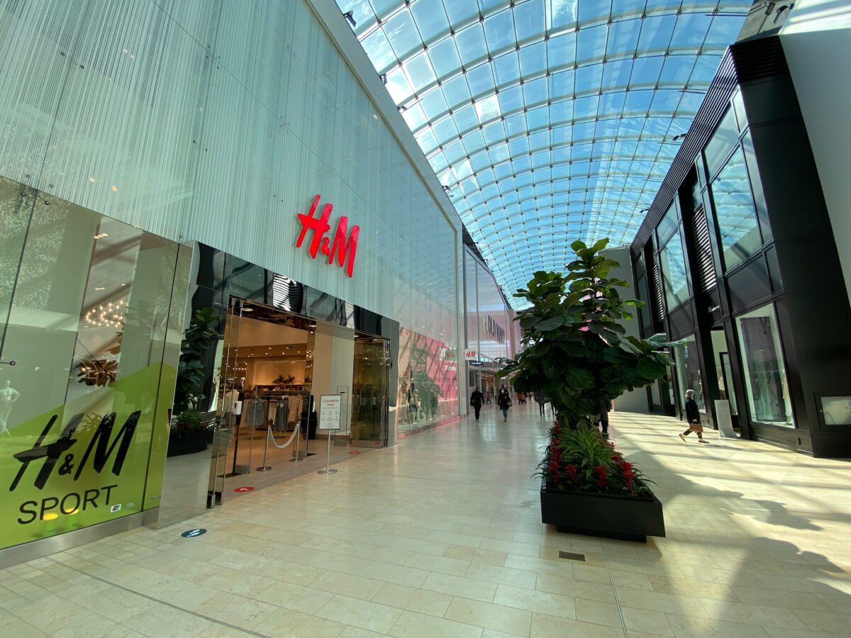 H&M at Yorkdale