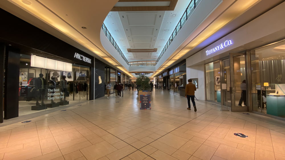 Arc'teryx and Tiffany & Co. on lower level in CF Chinook Centre