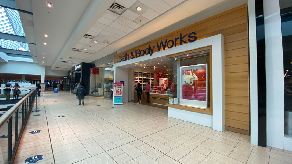 Bath & Body Works in Central Zone at CF Chinook Centre