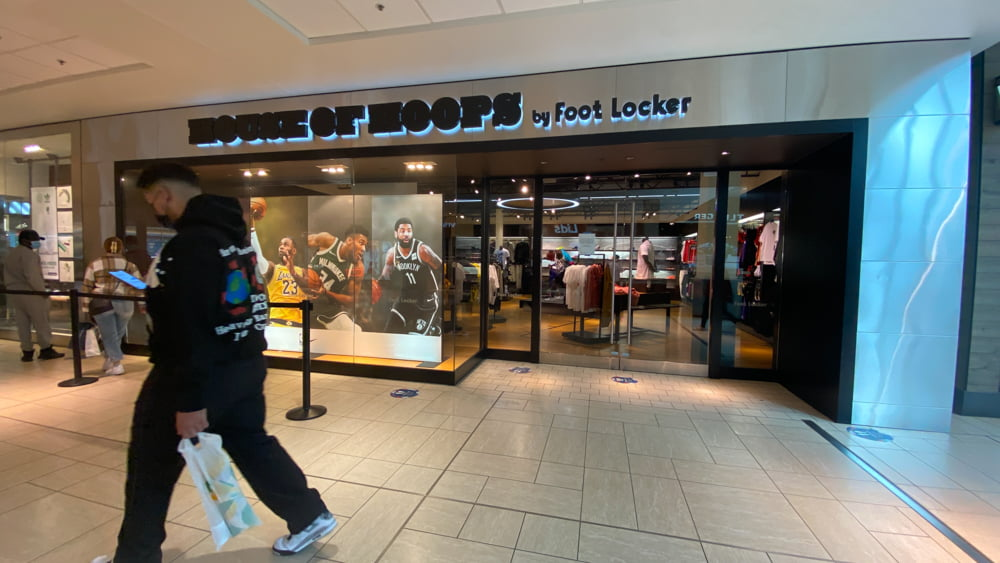 House of Hoops in Central Zone at CF Chinook Centre