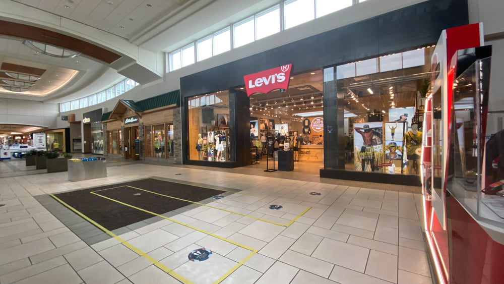 Levi's at CF Market Mall