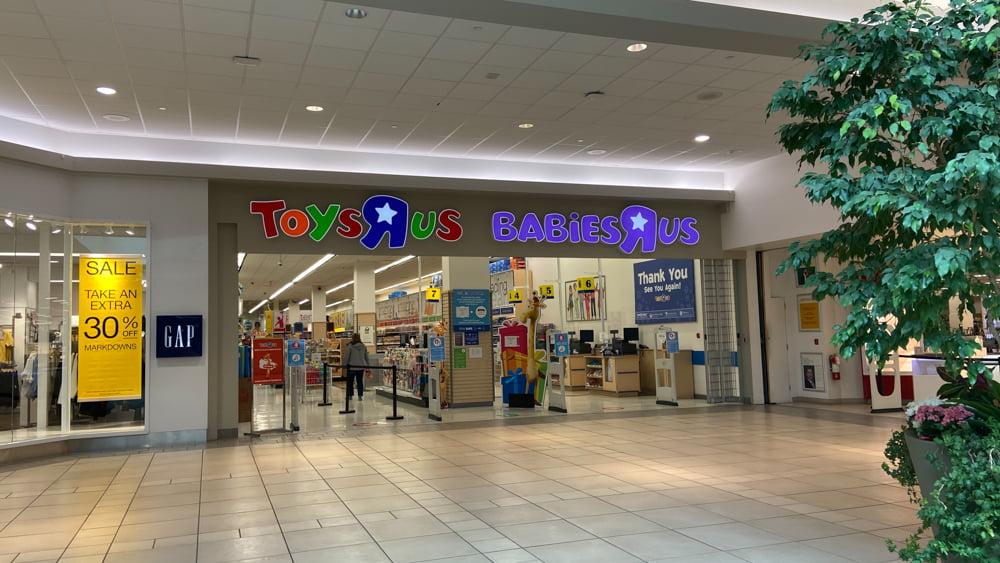 "Toys ""R"" Us at CF Market Mall"