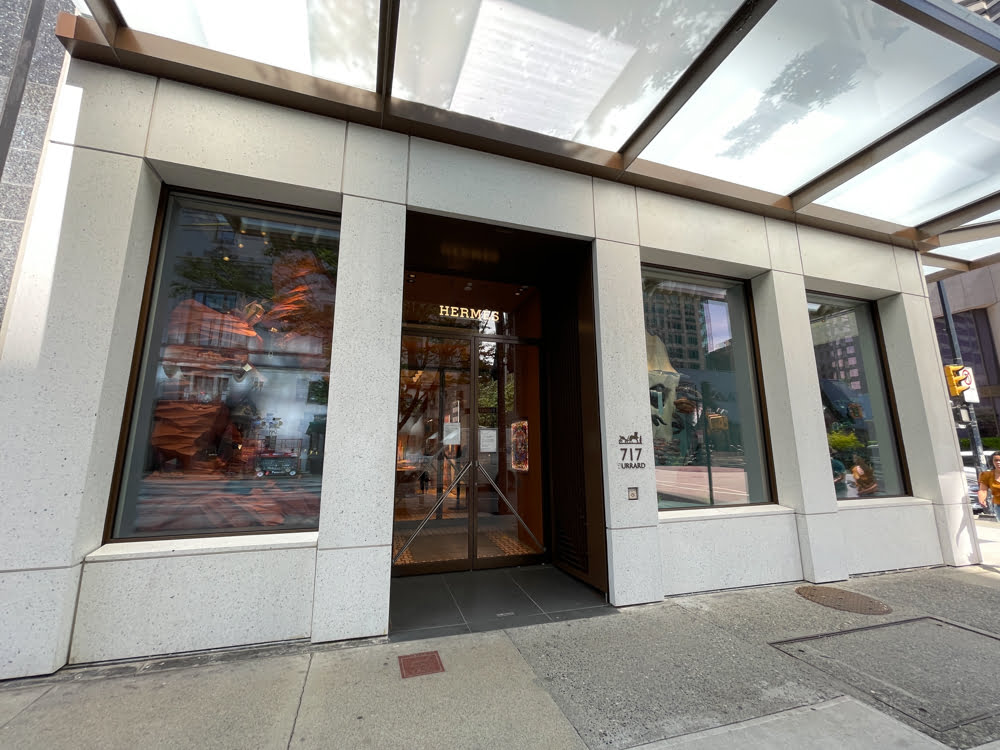 Hermès at the Burrard Building in Vancouver (June 2021)