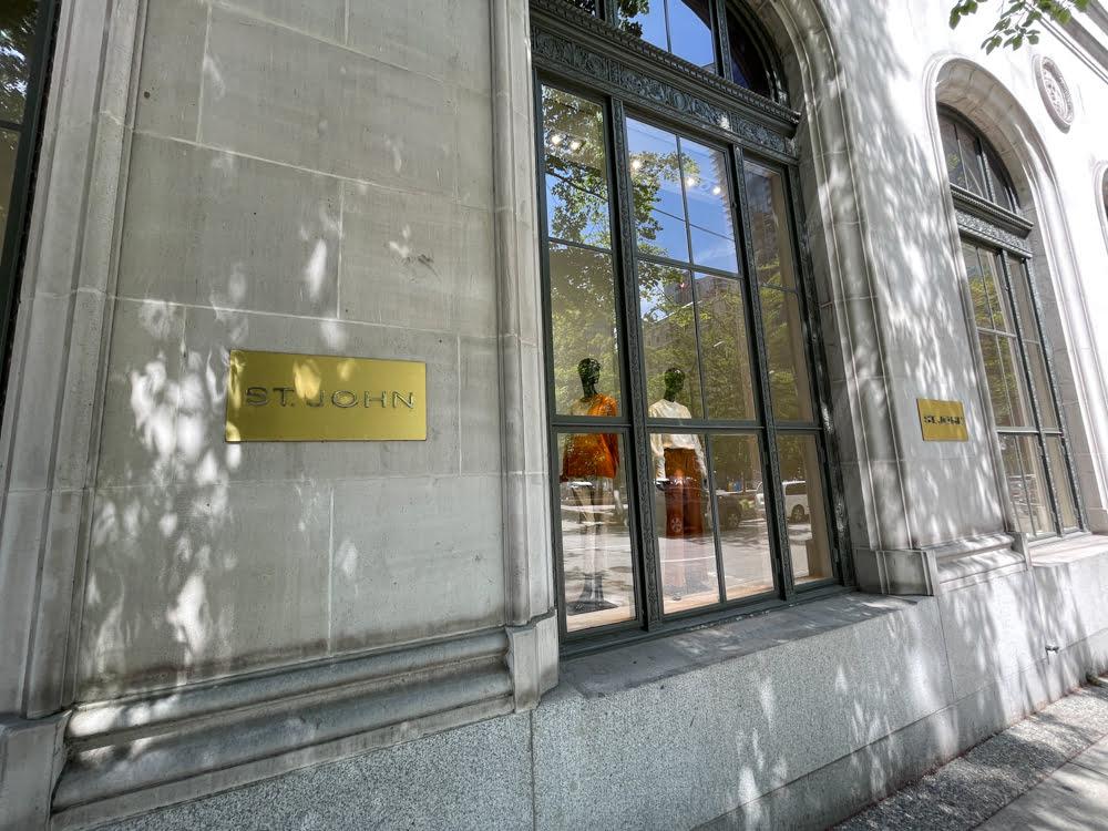 St. John exterior at Fairmont Hotel Vancouver (June 2021)