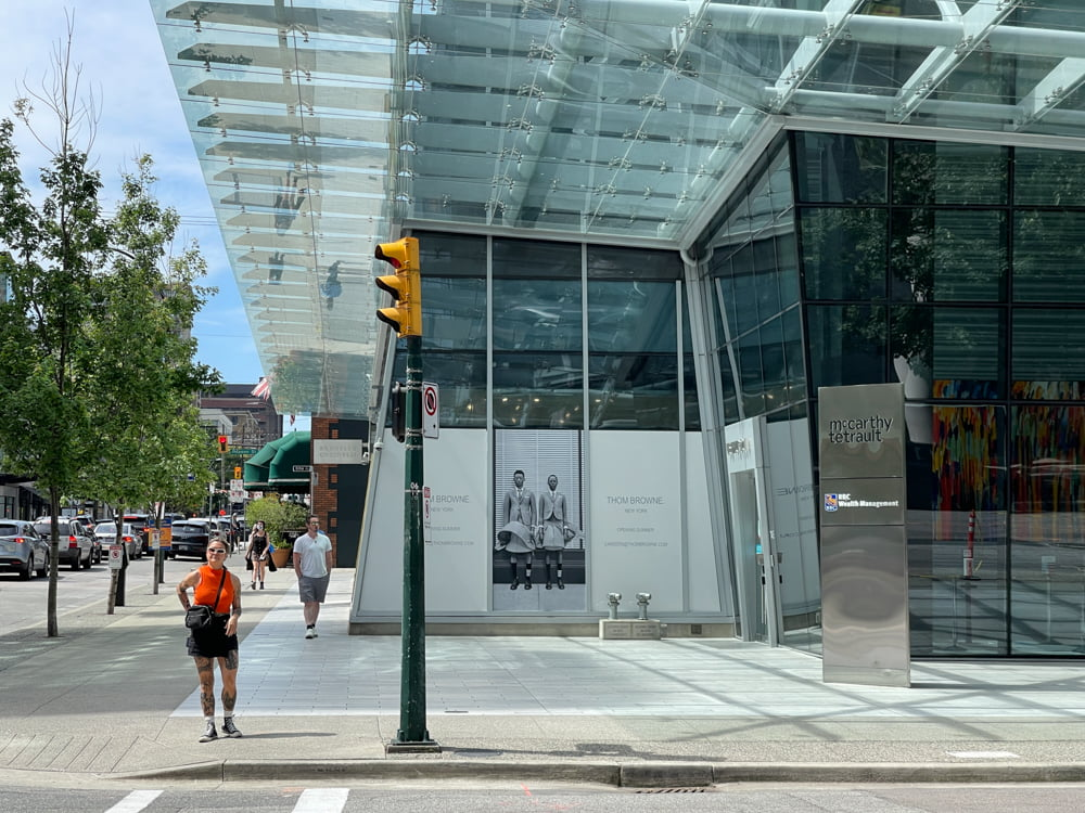 Future Tom Browne location with construction signage just off of Alberni Street in Vancouver (June 2021). Formerly the location of Versace.