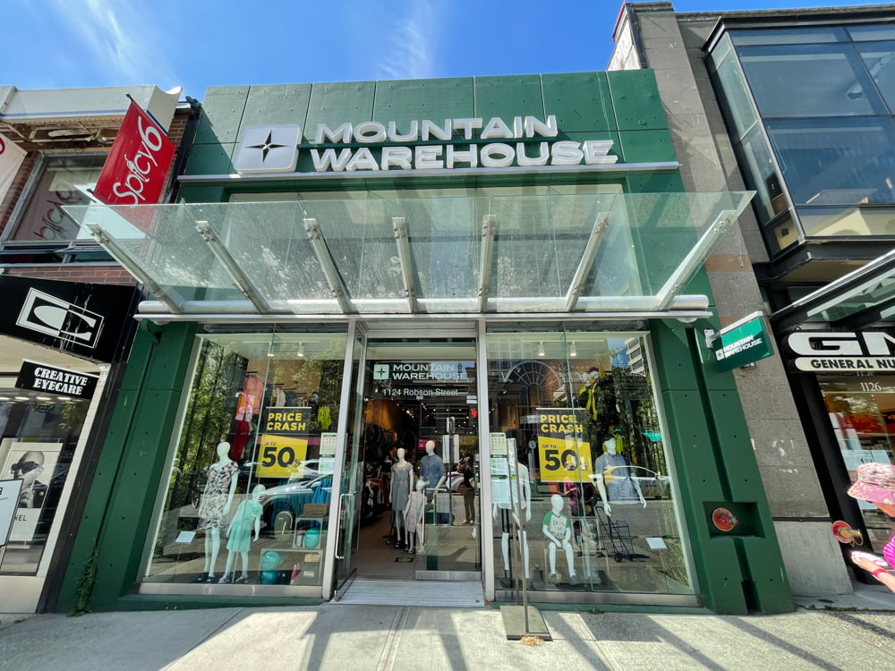 Mountain Warehouse on Robson Street in Vancouver (June 2021)
