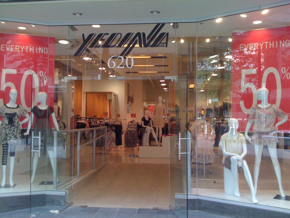 Yedina Grand Opening photo of downtown Vancouver boutique in July 2010