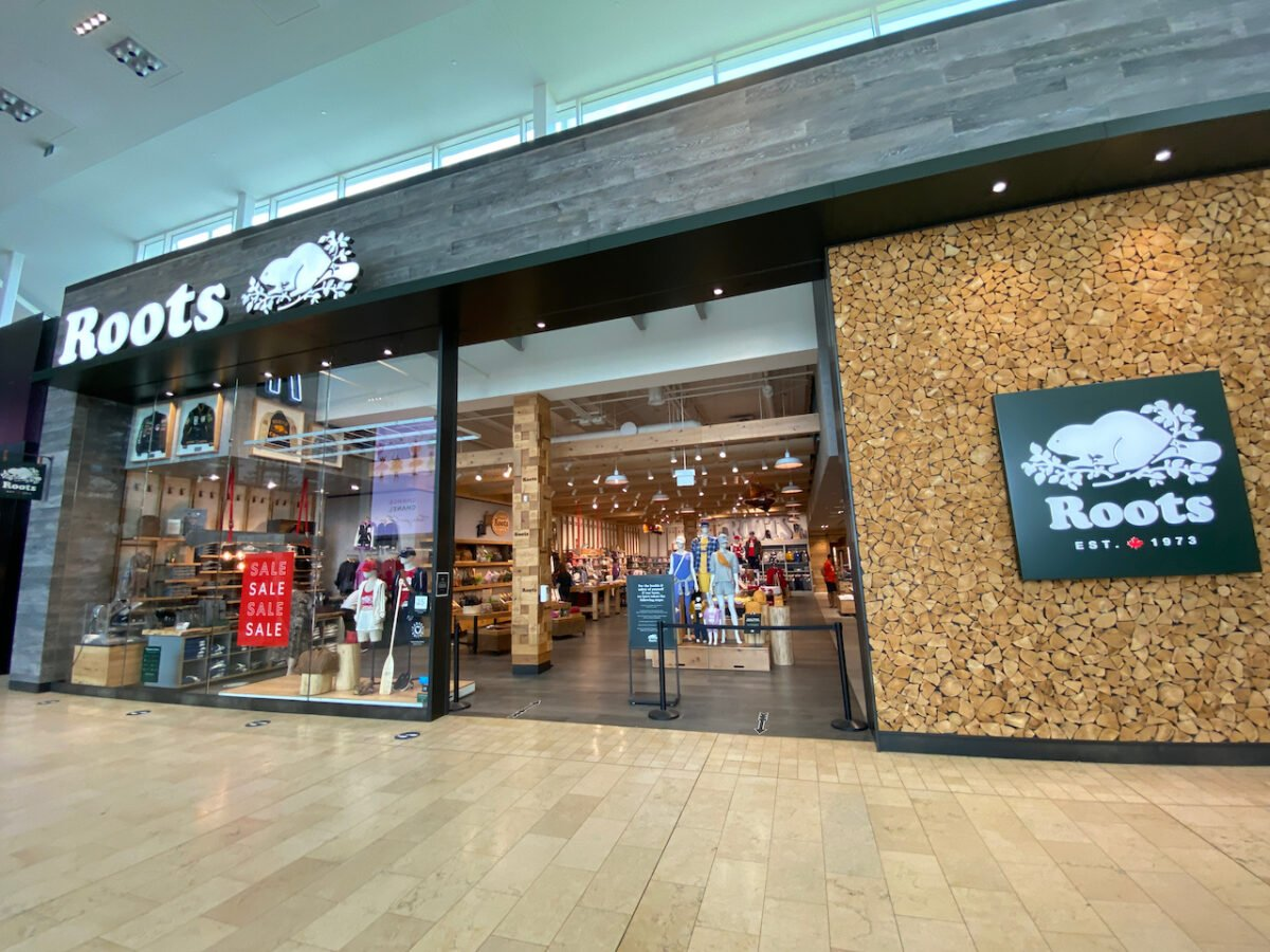 Roots at Yorkdale Shopping Centre