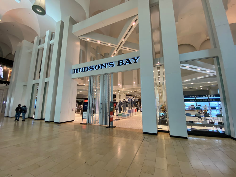 Hudson's Bay interior entrance at Yorkdale (March 2021)